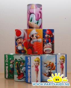 Super Mario en Sonic blikjes drinken