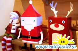 Kerstman van papier met bouwplaat