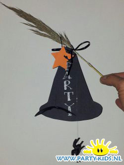 heksen uitnodiging