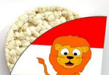 Voetbal rijstwafel met oranje leeuw